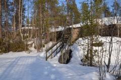 Der Weg zum Aussichtspunkt in Harsprånget lohnt sich schon wegen attraktiven Landschaft,