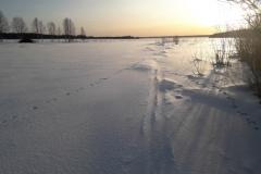 Flussmündung-Schnee